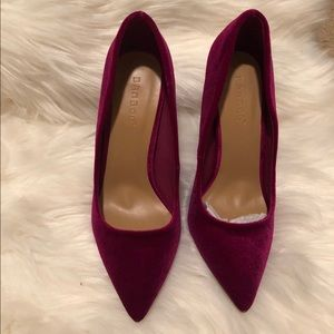 Shoes - Fuchsia Velvet pumps